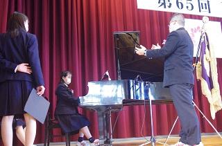 式歌の練習